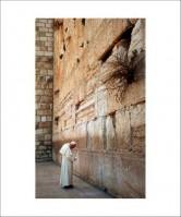 Pope John Paul II at the Western Wall in Jerusalem 2000
